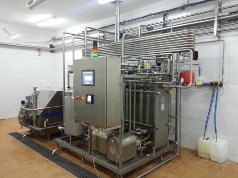 Pasteurization and cooling stations